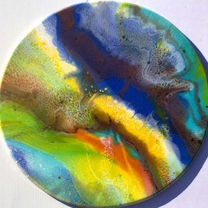 (CreativeWork) Rainbow of Light by Gayle Reichelt. resin. Shop online at Bluethumb.