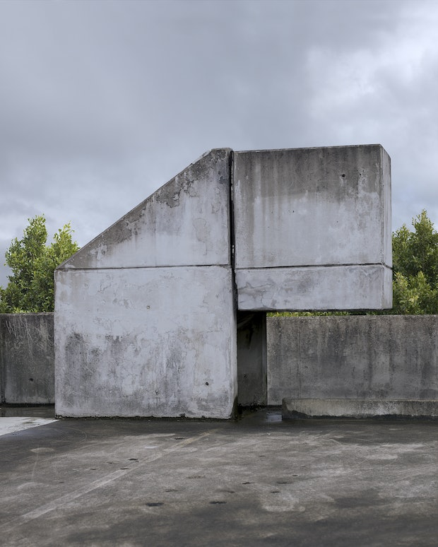 Zoomorphic Cement Structure