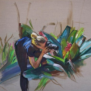 (CreativeWork) WOMAN WITH CAMERA by Lynne Parfitt. arcylic-painting. Shop online at Bluethumb.