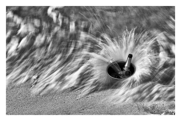 (CreativeWork) P 024 Drinks on me Ed. 3 of 200 by Peter Henning. Photograph. Shop online at Bluethumb.