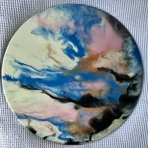(CreativeWork) Neapolitan  by Lucy Slaughter. resin. Shop online at Bluethumb.