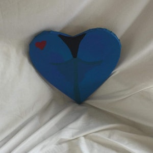 (CreativeWork) heart by Taylor Vernalls. arcylic-painting. Shop online at Bluethumb.