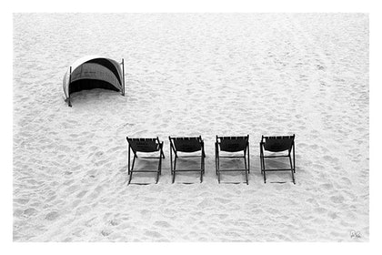 (CreativeWork) P 036 Bondi Beach 1978 by Peter Henning. photograph. Shop online at Bluethumb.