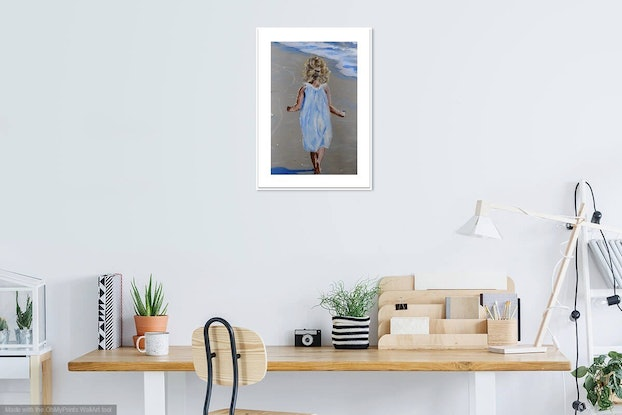 (CreativeWork) Girl with Shell by julie hollis. #<Filter:0x00007f0844e89718>. Shop online at Bluethumb.