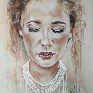 (CreativeWork) Woman in Pearls by Julie Hollis. acrylic-painting. Shop online at Bluethumb.
