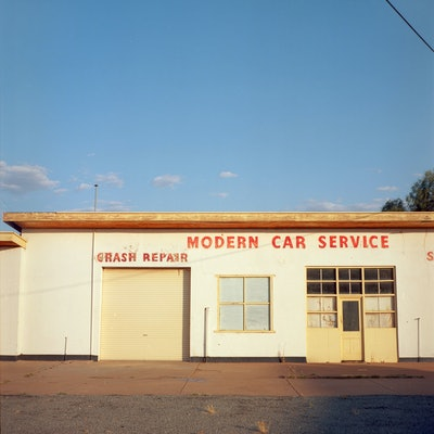 (CreativeWork) Modern Garage Ed. 1 of 3 by Alex Frayne. Photograph. Shop online at Bluethumb.